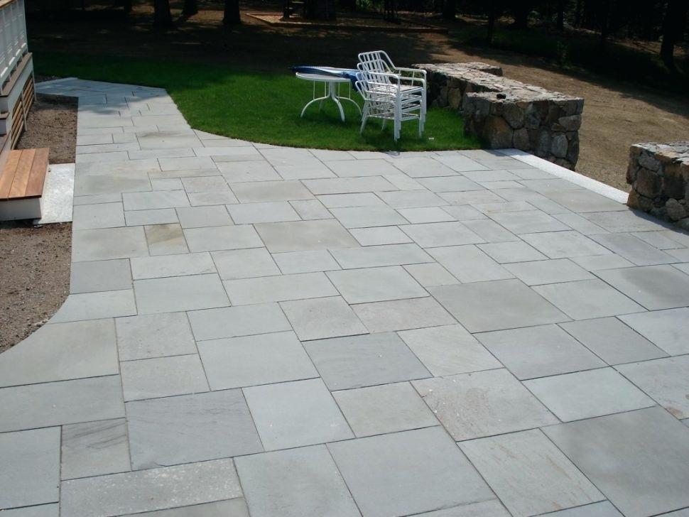 سلیقه شما در مورد سنگ فرش باغ چیست؟