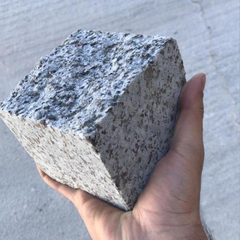 سنگ کیوبیک گرانیت